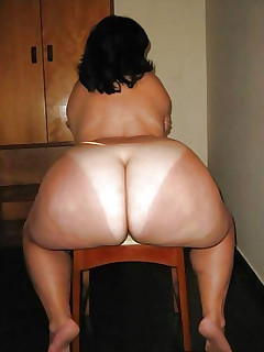 Featuring curvy figured ladies and great tight rumps