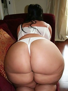 Featuring curvy figured ladies and great big bums