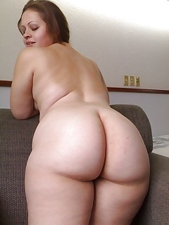Featuring curvy figured ladies and great fat bums