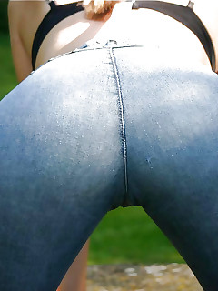 Giant butt cuties in jeans
