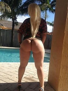 U can find lots of juicy booty for each taste