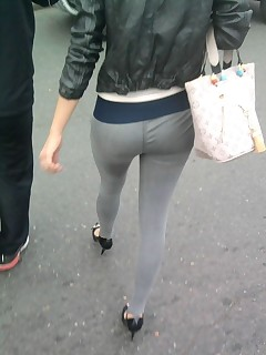 Sexy overweight culo nubiles in yoga pants!