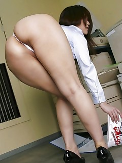 Hawt asian bubble butt and phat arse women