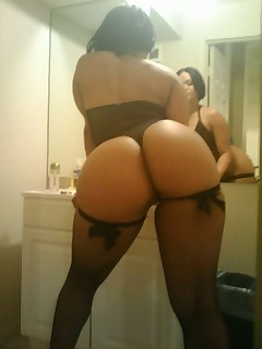 Outstanding Bums XXX