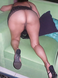 Aged Arse - Huge collection of mommys rumps photos!