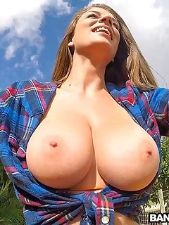 A Hawt Ride with Big Natural Tits