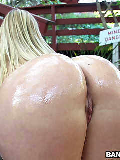 DP for Blond Juicy butt White Girl!