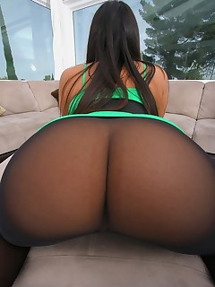 jumbo tight booties photo