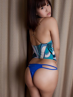 Hawt asian tight ass and fat..