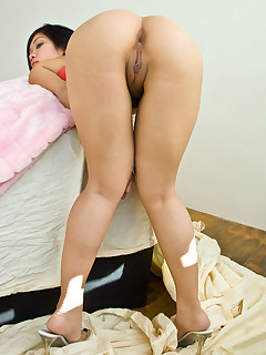 Sexy asian biggest ass and..