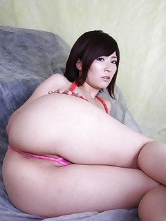 Sexy oriental juicy arse and..