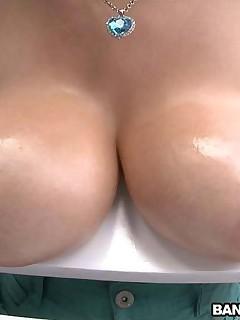 Huge All Natural Huge Tits