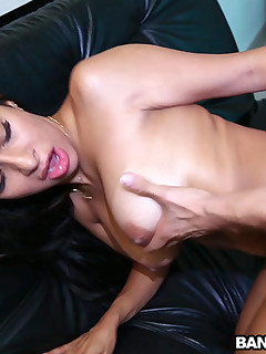 Pounding a Colombian MILF